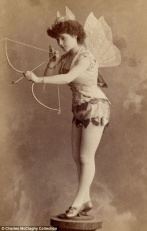 Vintage burlesque photos from the 1890s (3)